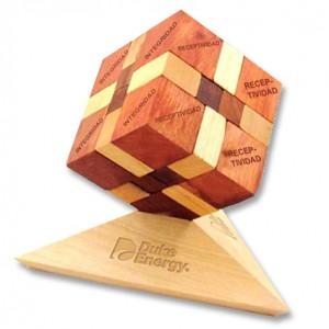 rompecabezas-3d-cubo-con-base-1369340113-jpg